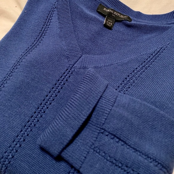 Banana Republic Factory Sweaters - 3/4 Sleeve V-Neck Sweater